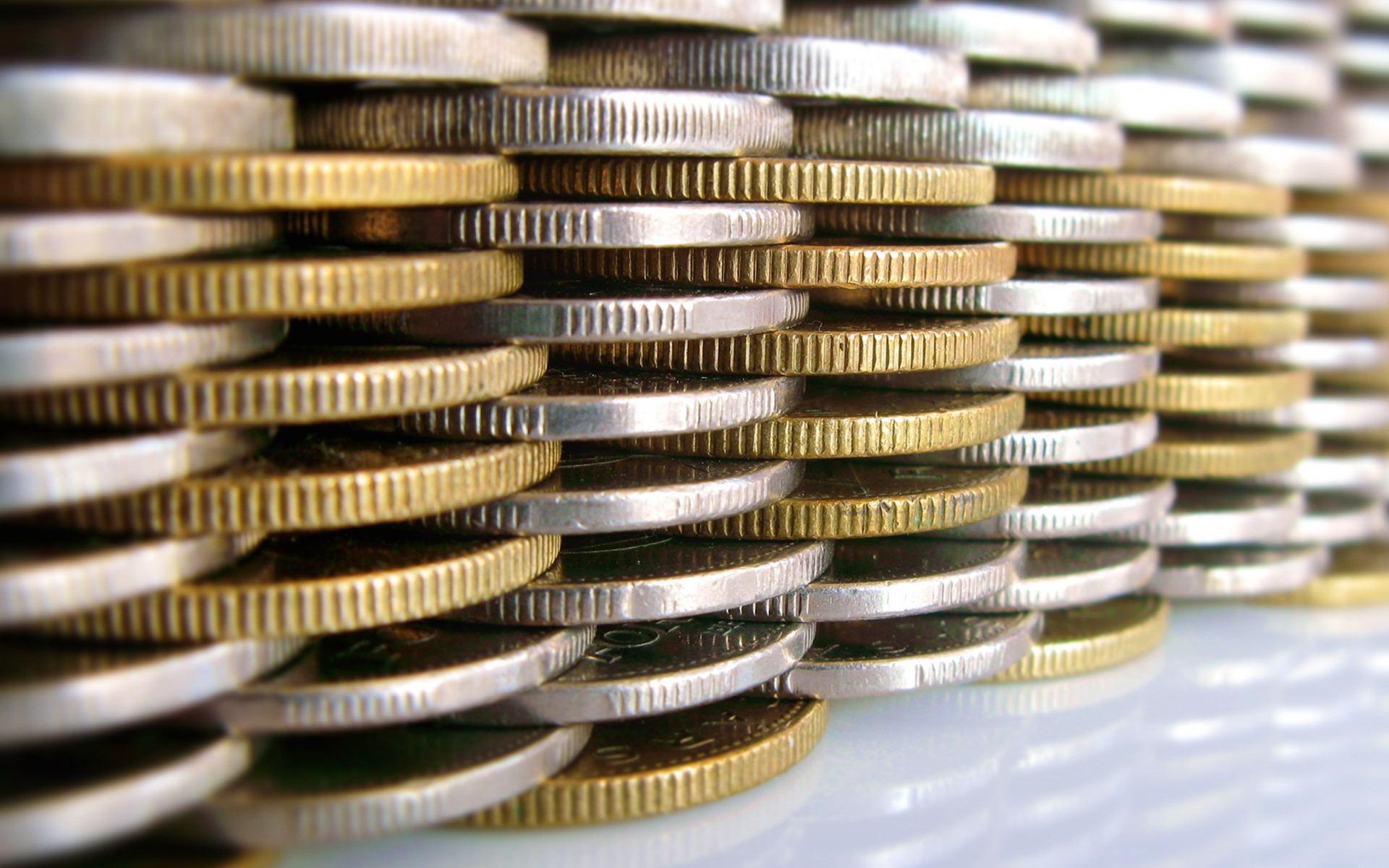 Edge Of Coins Money Wallpaper