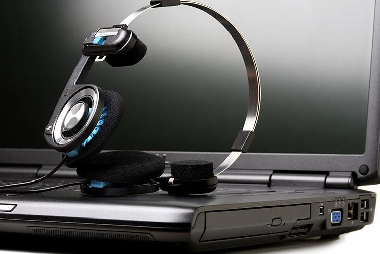 Virtual Classes Headset