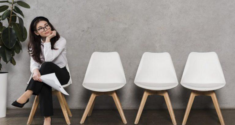 مصاحبه استخدامی حسابداری فقط یک فرصت کوتاه است تا سوالهای حسابداری مصاحبهکننده را با مهارت پاسخ دهید پس آمادگی قبل از مصاحبه داشته باشید.