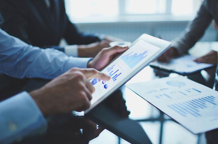 نحوه پیش بینی درآمد هر سهم مدیران در آخر سال