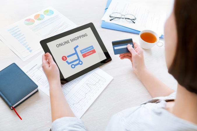 204440-675x450-Online-shopping
